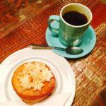 バンクーバーでオススメの甘さ控えめなドーナッツ 49th Parallel Coffee